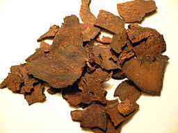 Chinese herbal medicine: By Badagnani (Own work) [GFDL (http://www.gnu.org/copyleft/fdl.html) or CC-BY-3.0 (http://creativecommons.org/licenses/by/3.0)], via Wikimedia Commons