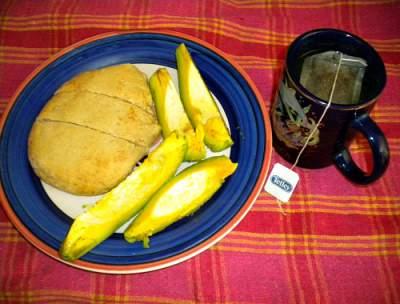 Pear (avocado) and Jamaican bulla